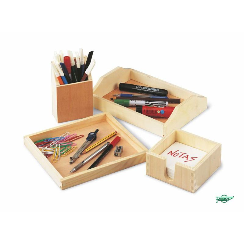 WOODEN BOXES AND WOODEN TRAYS